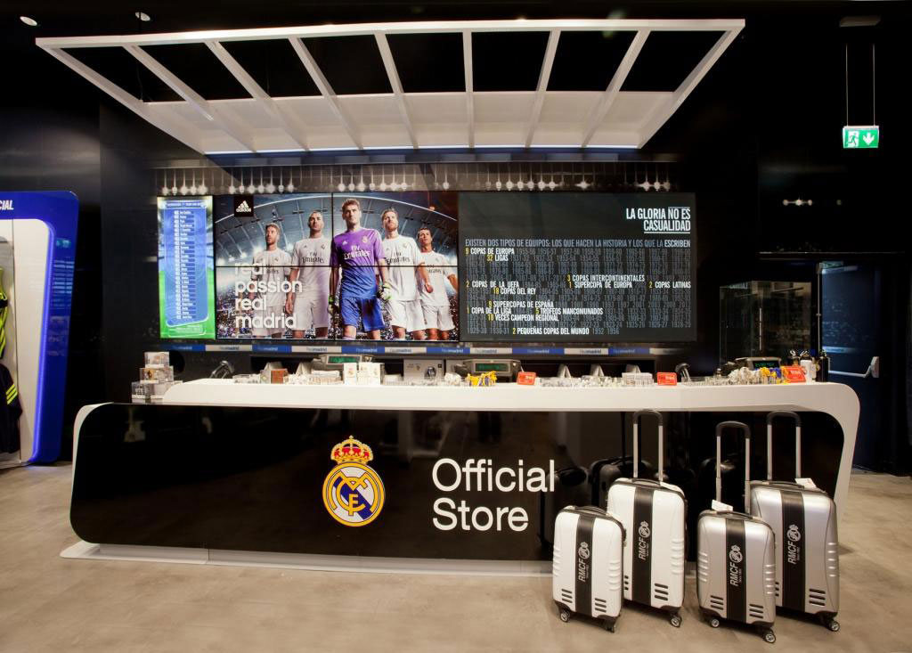 Adidas Store / Real Madrid